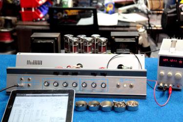05月14日 – AMPEG SVT-VR アンプ修理