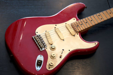 11月27日 – Fender USA Eric Clapton Stratocaster Torino Red – フレット交換