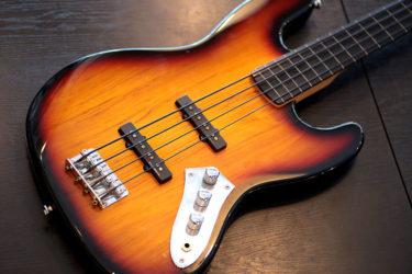 12月22日 – Squire by Femder Jazz Bass – ノイズ処理 ドータイト