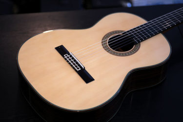 ARANJUEZ 720 – 弦高調整、サドル下げ