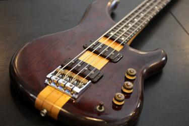 09月22日 – Ibanez Bass MC824DS