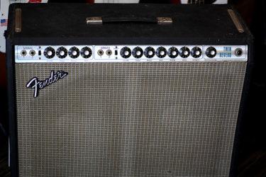 04月22日 – Fender Twin Reverb 1973 JBL – オーバーホール