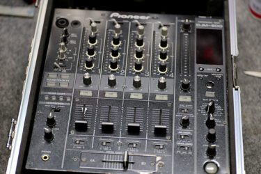 05月11日 – Pioneer DJM-800 – ポット交換