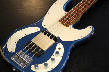09月07日 – Fender Telecaster Bass – フレット打ち直し レリック塗装