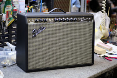 Fender Deluxe Reverb – 改造キット、スピーカー交換